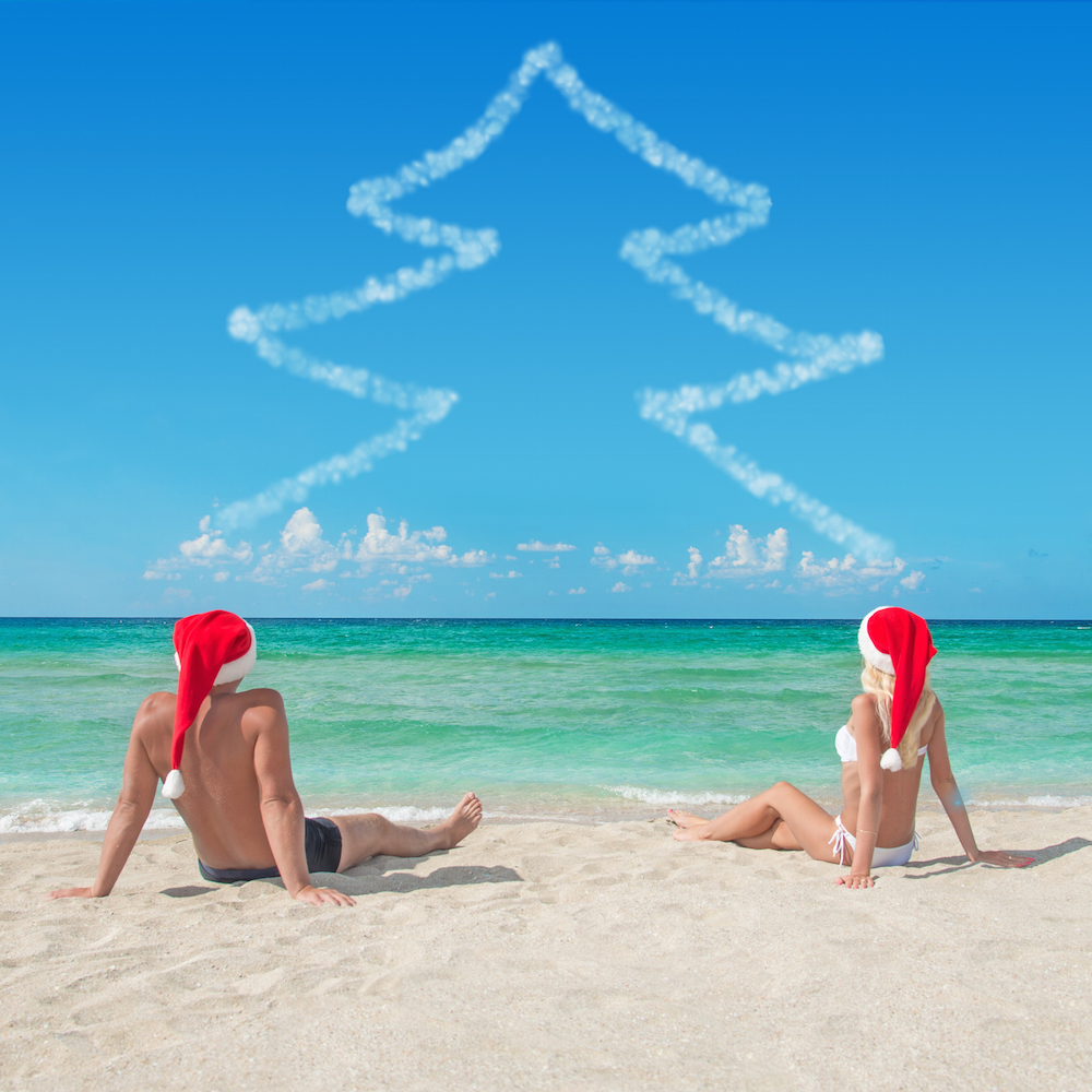 christmas-tree-beach-clouds